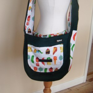The pocket of the Onbag baby is usually rounded, so that it matches the shape of the bag :)