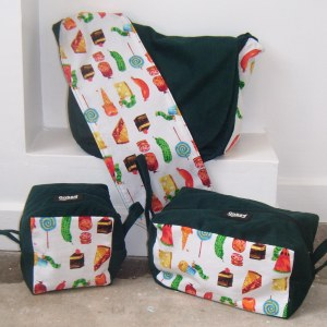 And this is the whole set- an Onbag Baby, cube zone and brick zone :)